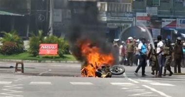 شاهد.. لحظة انفجار دراجة بخارية فى عاصمة سريلانكا