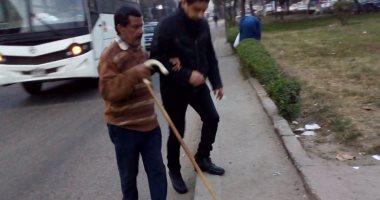 مواطن يطالب بإصلاح الإشار الضوئية المعطلة بشارع جسر السويس