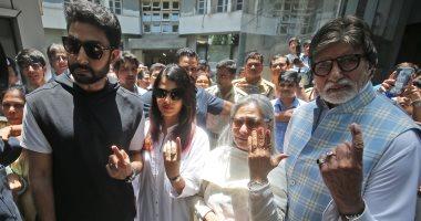 إصابة نجمة بوليوود آيشواريا راي باتشان بكورونا بعد إصابة زوجها ووالده