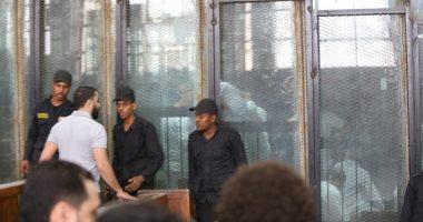 """إيداع متهمى """"جبهة النصرة"""" قفص الاتهام لنظر أولى جلسات محاكمتهم"""