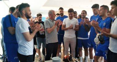 قاسم باشا يحتفل بإنجاز تريزيجيه فى الدوري التركي