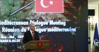 """""""اضحك مع أردوغان"""".. يتهم دول حلف الناتو بدعم الإرهاب (فيديو)"""