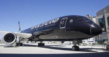 الشرطة النيوزيلندية تصطحب راكبة خارج طائرة لرفضها مشاهدة فيديو السلامة
