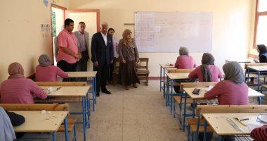 26 الف طالب يؤدون غدا امتحانات الشهادة الاعدادية بأسوان فى 285 لجنة