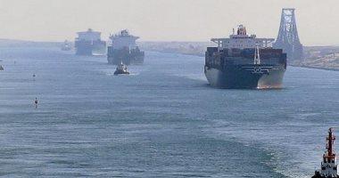 مميش: عبور 55 سفينة قناة السويس بحمولة 4.6 مليون طن