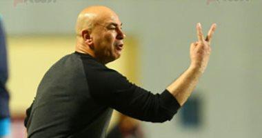 سموحة يتفق مع حسام حسن علي قيادة الفريق في الموسم المقبل
