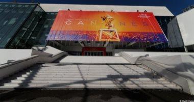 """فيديو.. شاهد كواليس """"قصر المهرجانات"""" استعدادا لفعاليات مهرجان كان السينمائى"""