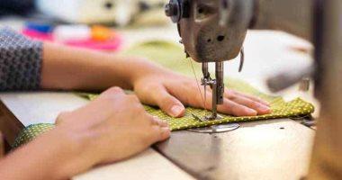 محافظة الجيزة تسلم اليوم ماكينات خياطة لـ93 من المتدربات بالمشروعات الصغيرة