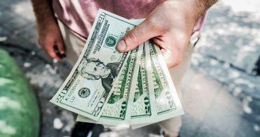 فلوس من الهوا.. 7 حيل غريبة لكسب المال