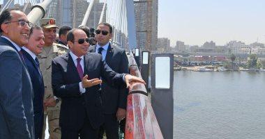 صور.. السيسىى يتفقد كوبرى تحيا مصر ويناقش رئيس الوزراء عن المشروعات المقبلة
