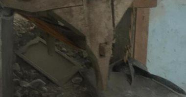 صور.. ضبط مواطن ينقب عن الآثار فى منزله بحي غرب أسيوط