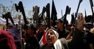 صور.. الفلسطينيون يحيون ذكرى النكبة بالإضراب فى غزة والمسيرات فى الضفة