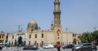 أول صلاة جمعة من مسجد السيدة نفيسة منذ إغلاق المساجد.. بحضور 20 مصليا