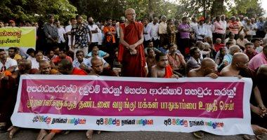 رهبان بوذيون بسريلانكا يتظاهرون احتجاجا على هجمات ضد المسلمين