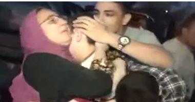 """فيديو.. """"بالمزمار و الزغاريد"""" أهالي قرية يستقبلون طفلا حررته الشرطة من الخطف"""