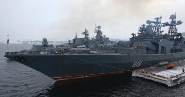 سفينة روسية مضادة للغواصات تجرى مناورات فى بحر النرويج
