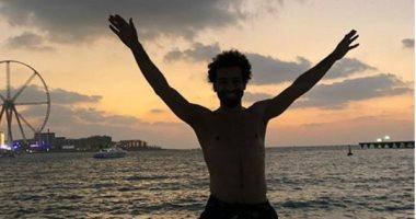 """محمد صلاح يحتفل بجائزة """"الحذاء الذهبي"""" فى دبي"""