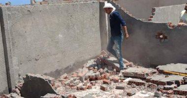 صور .. حملة لإزالة المخالفات والتحفظ على معدات البناء بالعجمى