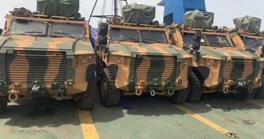 سفينة تركية تحمل 40 مدرعة تصل طرابلس دعما للمليشيات المسلحة