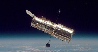 صور.. تلسكوب هابل يلتقط مجرة غير منتظمة وصعبة الدراسة