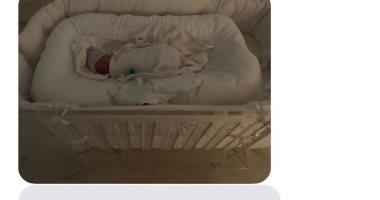 """""""سالم ويست"""" الملامح الأولى للطفل الرابع لعائلة كيم كاردشيان .. صور"""