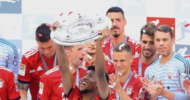 كينجسلي كومان.. 4 ألقاب فى الدوري الألماني مع بايرن ميونخ و الليجا الأوروبية الثامنة