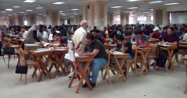 انتظام الامتحانات بجامعة عين شمس.. وكلية الحقوق تحذر الطلاب من الغش