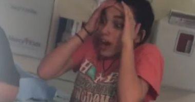 """""""معجزة الحياة"""".. فيديو يعرض مشاعر فتاة تتابع أختها خلال عملية الولادة"""