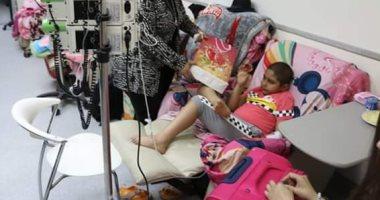 وفد من الشركة المصرية للمطارات يزور مستشفى سرطان الأطفال 57357