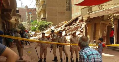 انهيار منزل من 5 طوابق دون وقوع إصابات فى الغربية.. صور