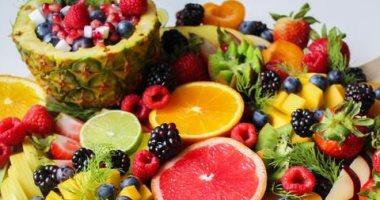 أسعار الفاكهة اليوم بسوق العبور للجملة.. الفراولة تبدأ من 3 جنيهات