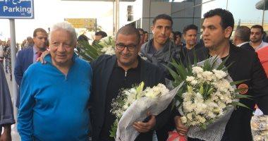 مرتضى منصور يستقبل بعثة نهضة بركان في مطار القاهرة بالورود - اليوم السابع thumbnail