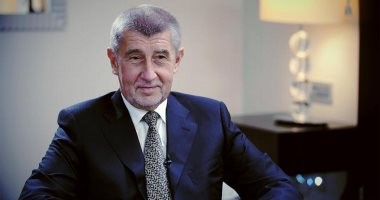 رئيس التشيك يوافق على اقتراح رئيس الحكومة باقالة وزير الصحة لمخالفته قيود طوارئ كورونا
