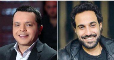 محمد هنيدي يسخر من حجاب أحمد فهمي والأخير يرد عليه