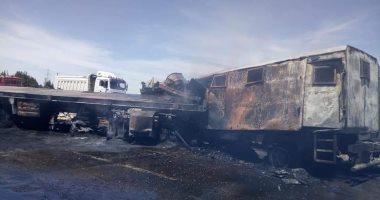 مصرع ضابطى شرطة و7 أفراد فى حادث تصادم سيارتين وتفحمها بالإسماعيلية