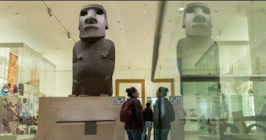 """""""صديق غائب"""" حكاية تمثال من الـ """"مواى"""" القديمة تطلب تشيلى استرجاعه من بريطانيا"""
