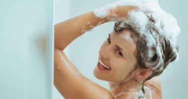 4 حاجات لازم تعمليها بعد الاستحمام للعناية بصحة شعرك
