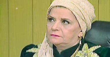 """نوستالجيا مسلسلات رمضان.. نموذج المرأة المسيطرة فى مسلسل """"الراية البيضا"""""""
