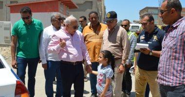 محافظ بورسعيد يوجه بسرعة الانتهاء من إنشاء الكورنيش الجديد على قناة الاتصال