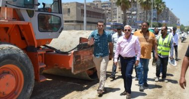 Governor of Port Said inspecting the work of developing the