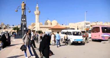 الحياة تسير على طبيعتها فى شمال سيناء (فيديو)