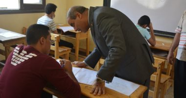 رئيس جامعة الأزهر يتفقد امتحانات الثانوية فى معهد طلعت بمدينة نصر