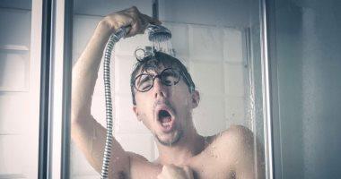 هتوفر فى الكهرباء وتنقص وزنك.. 6 فوائد للاستحمام بالماء البارد