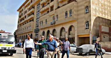 صور.. محافظ بورسعيد يتفقد محور أوجينى ويوجه بسرعة إنهاء التطوير