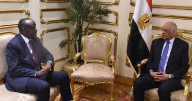 رئيس البرلمان يلتقى وزير خارجية روندا ويستعرضان خطة مصر بالاتحاد الأفريقى