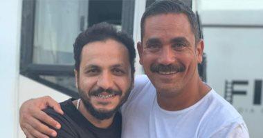 """أمير كرارة لمخرج """" كازابلانكا"""" : كابيتانو السينما المصرية المخرج الجامد"""