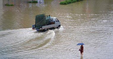 مياه الفيضانات والأمطار تغرق شوارع الصين ومصرع شخص وفقدان 4 آخرين