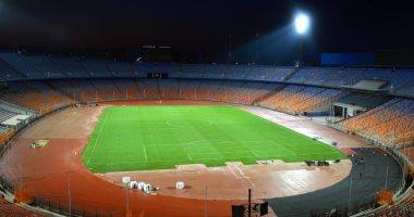 شاهد تطوير أرضية استاد القاهرة استعدادا لأمم أفريقيا 2019