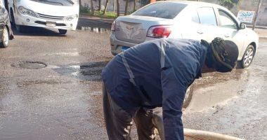 مياه الشرب والصرف الصحى بالدقهلية: تم رفع مياه الصرف من قرية طماى الزهايرة