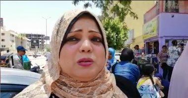 """والدة طالبة بالثانوية فى الفيوم باكية: """"يجب معاقبة من سرب امتحان الإنجليزى"""""""